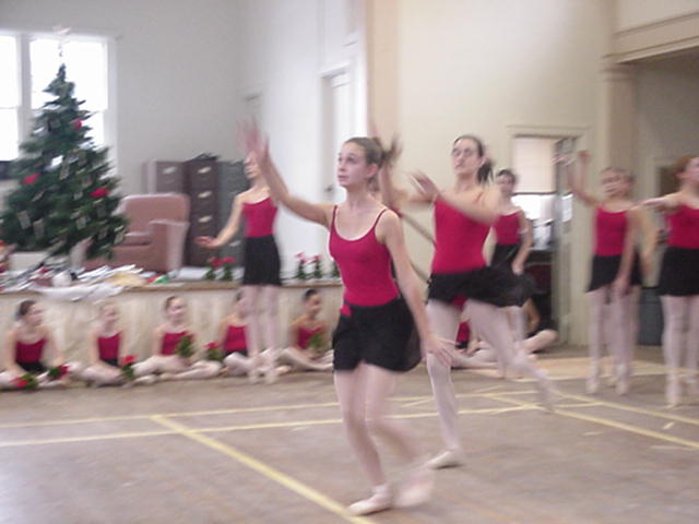 Holiday 2002 Performance - December 21, 2002